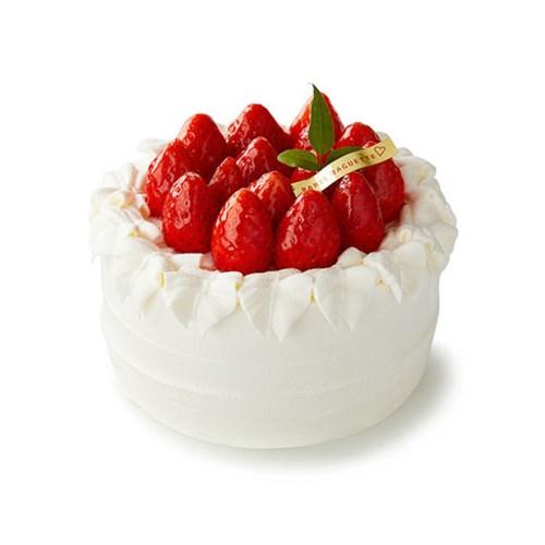 [파리바게뜨] 생딸기 듬뿍 우유생크림케이크