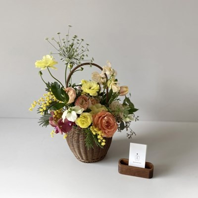[생화] 봄을 담은 옐로우 꽃바구니