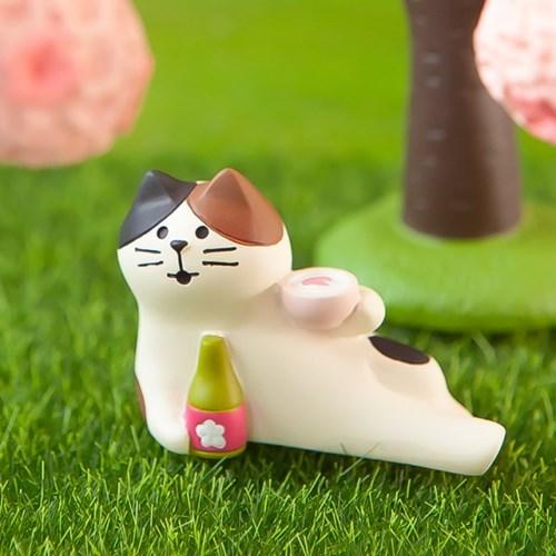데꼴 2021 벚꽃 피규어 한잔고양이