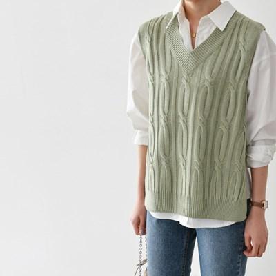 세루빌 옆트임 꽈배기 니트 조끼(knit621)_(1885953)