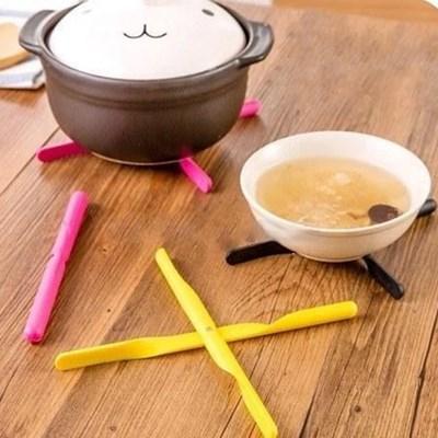 x자 스틱 접이식 쉬운보관 쉬운세척 냄비 받침대 2p