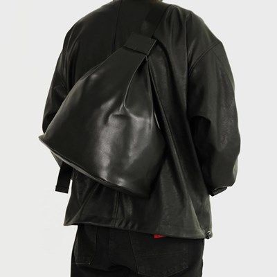 109 BACKPACK BLACK