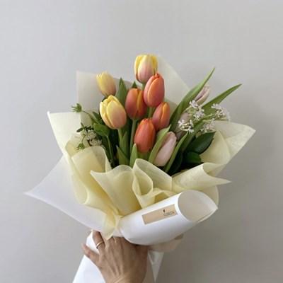 [생화] 망고 자몽 샤베트 튤립(10송이) 꽃다발(택배불가능)