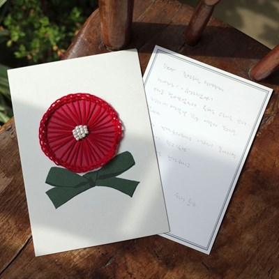 꽃잎이 나풀거리는 입체비즈자수 카네이션 종이자수카드 DIY KIT