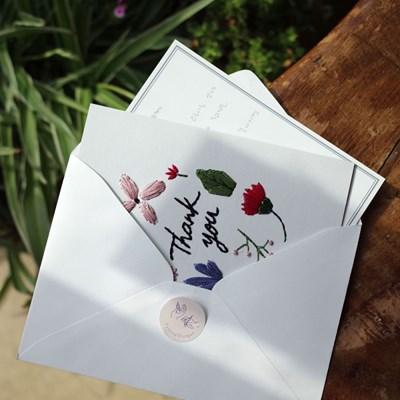꽃과 풀이 흩날리는 보태니컬 땡큐 종이자수 카드 DIY KIT