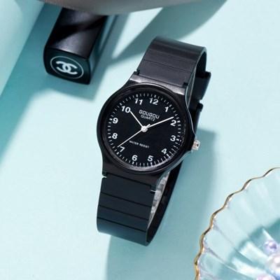 1Plus1 아날로그 GOUGOU 심플블랙 손목시계 와치 0081