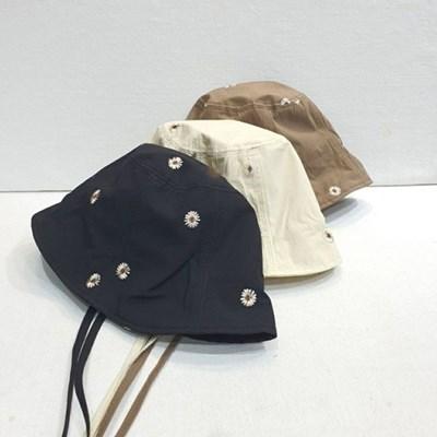 턱끈 플라워 자수 챙넓은 보넷 버킷햇 벙거지 모자