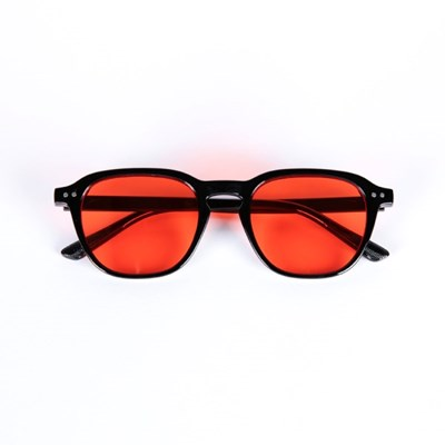 Wooran Black / Red Tint Lens