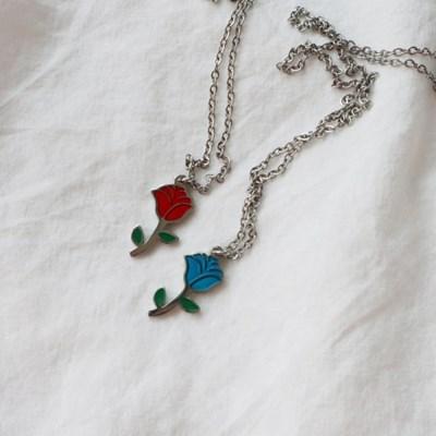 써지컬스틸 컬러 장미 미니 펜던트 목걸이 (2color)