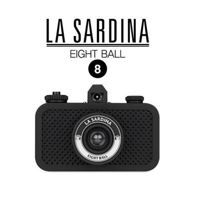 라 사르디나 8 Ball